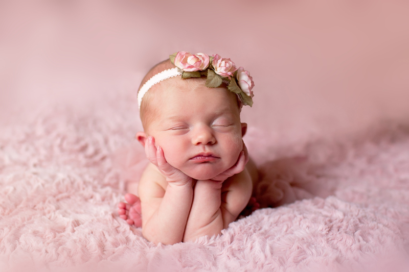 Newborn baby girl photography jupiter florida jupiter florida newborn photographer jupiter newborn photography palm