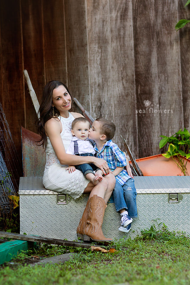Jupiter Florida Barn Studio - Child and Family Photography - Sea Flowers Photography