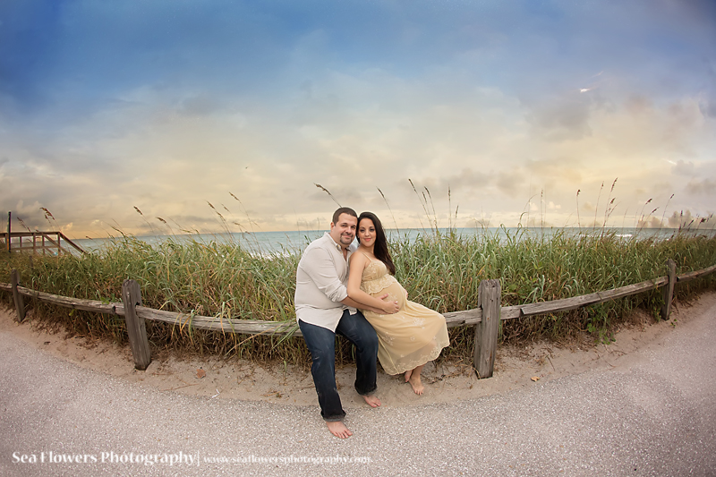 Jupiter Tequesta Coral Cove and Dubois Beach Maternity Photographer - Sea Flowers Photography. Pregnancy Photography