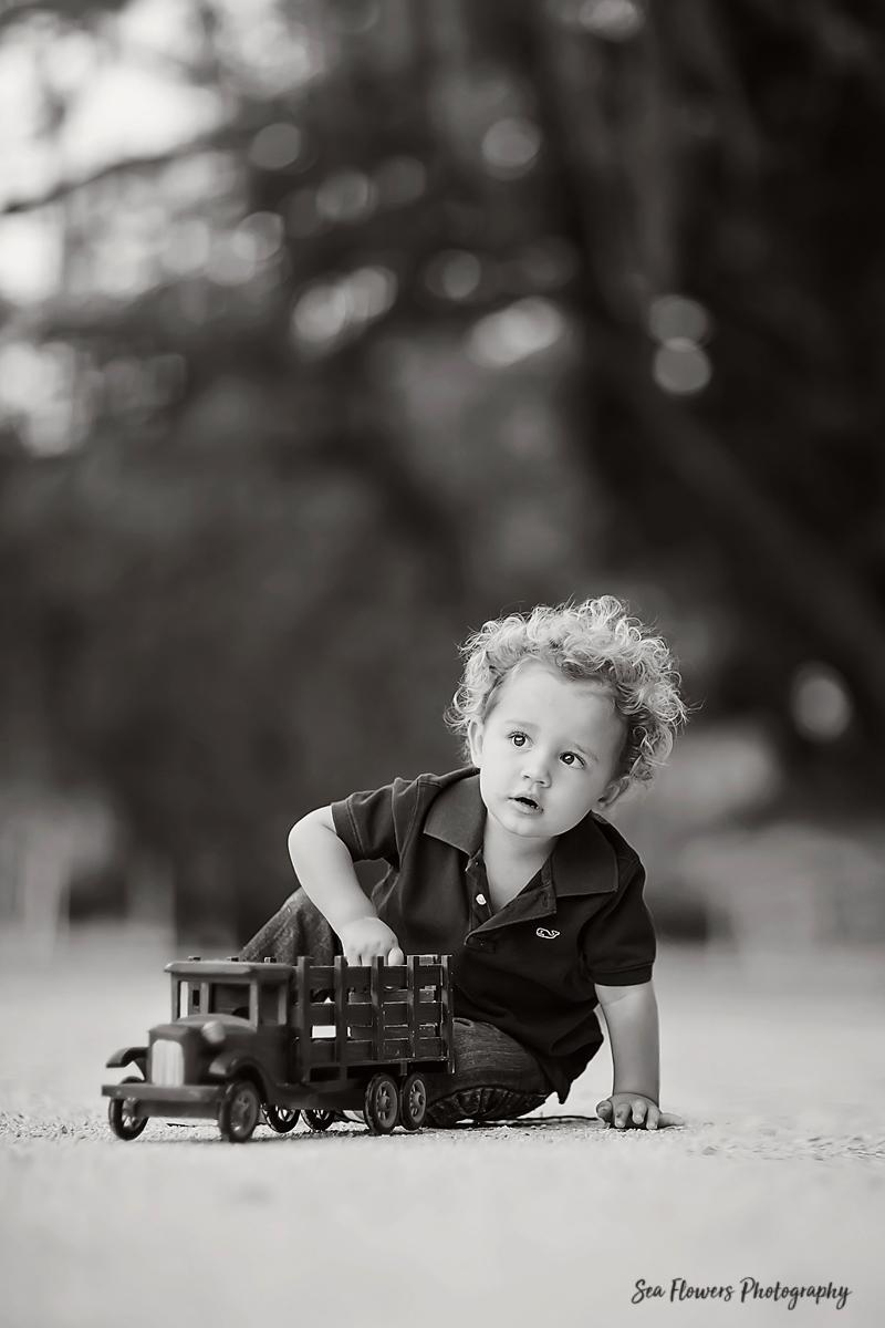 2 Year old boy photoshoot - Palm Beach Child Photographer - Sea Flowers Photography