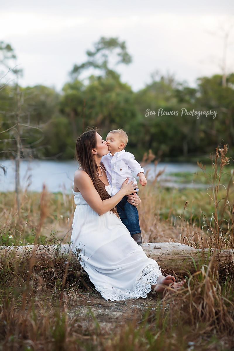 Jupiter Farms Maternity Photographer - River Bend Park - Sea Flowers Photography