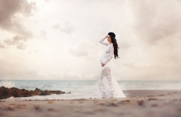 Jupiter Photographer - Maternity on the Beach